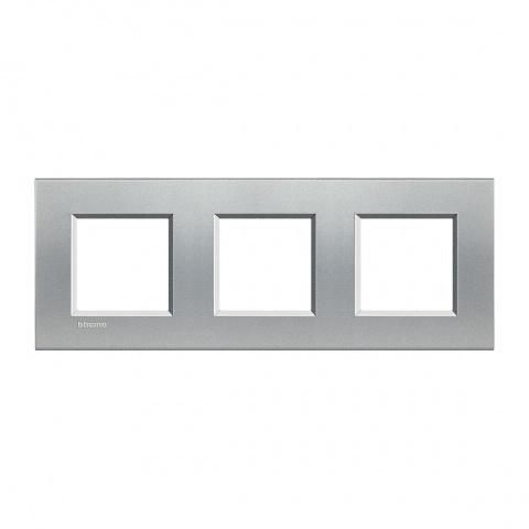 pvс тройна рамка, tech, bticino, livinglight, lna4802m3te