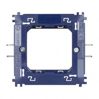 монтажна рамка с крачета, bticino, livinglight, ln4702g