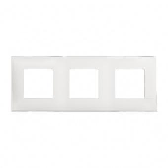 PVC тройна рамка, ice satin, bticino, classia, r4802m3es