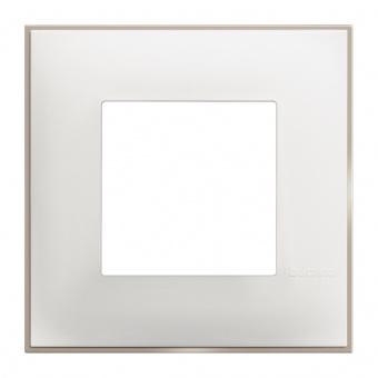 PVC рамка, white satin, bticino, classia, r4802ws
