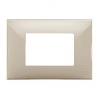 PVC тримодулна рамка, cream, bticino, classia, r4803cr