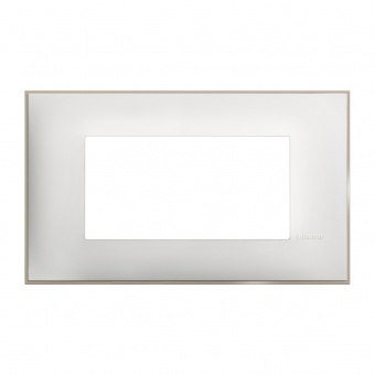 PVC четиримодулна рамка, white satin, bticino, classia, r4804ws
