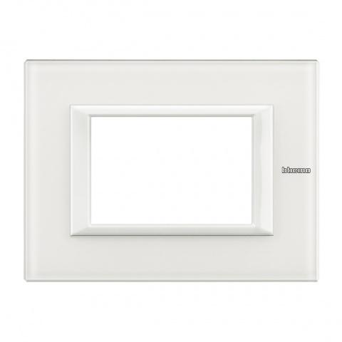 стъклена тримодулна рамка, white glass, bticino, axolute, ha4803vbb