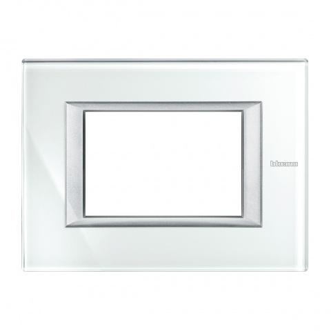 стъклена тримодулна рамка, whice, bticino, axolute, ha4803vsw