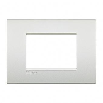 метална тримодулна рамка, pearl white, bticino, livinglight air, lnc4803pr