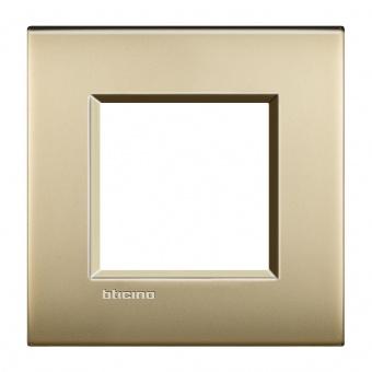 метална рамка, gold mat, bticino, livinglight air, lnc4802of