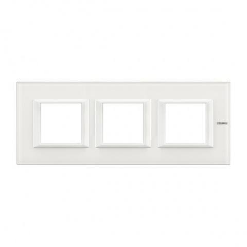 стъклена тройна рамка, white glass, bticino, axolute, ha4802m3hvbb